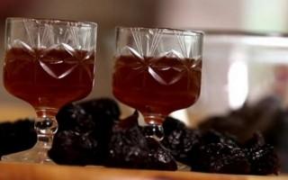 Рецепт приготовления самогона на черносливе