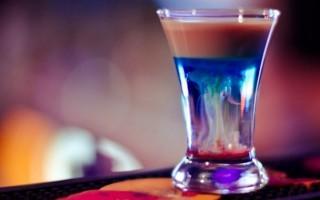 Рецепты приготовления коктейля Медуза