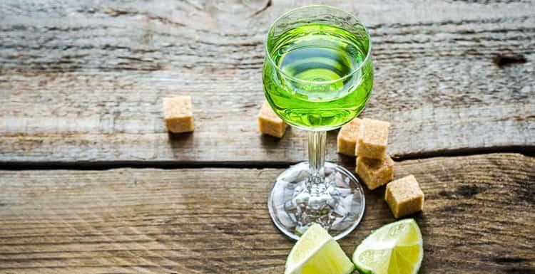 Как пить настоящий абсент