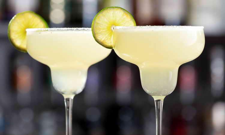 коктейли с блю кюрасао алкогольные рецепты