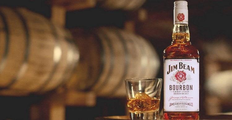 Если вы любите хороший алкоголь, важно понимать разницу, между тем, что это такое, бурбон и виски.