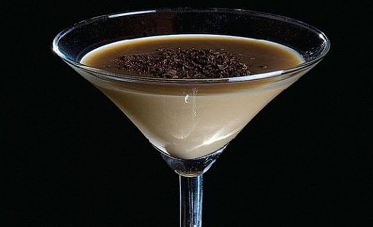 На основе этого коньяка можно также делать вкусные коктейли.
