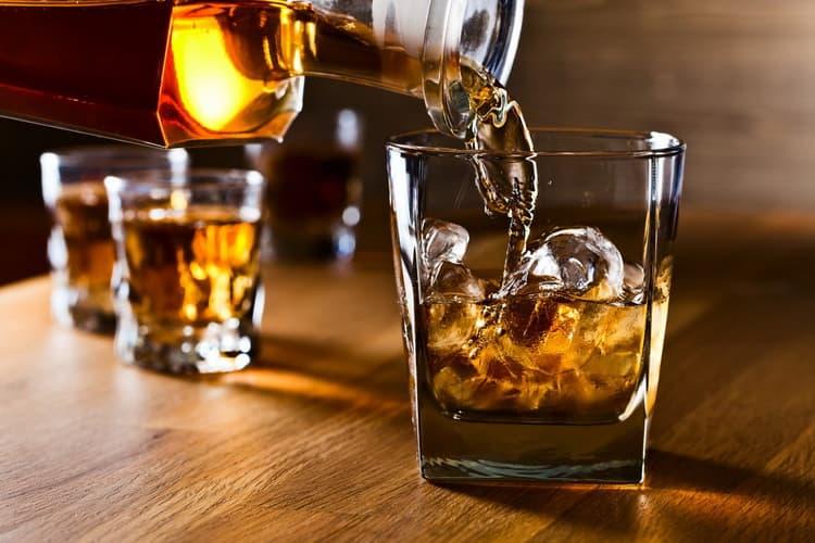 как правильно подавать виски далмор 15 лет