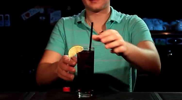 как называется коктейль виски с колой
