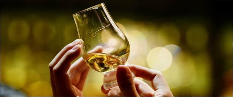 Как пить виски old smuggler