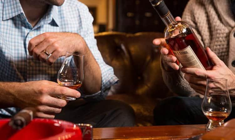 Как пить виски старый контрабандист