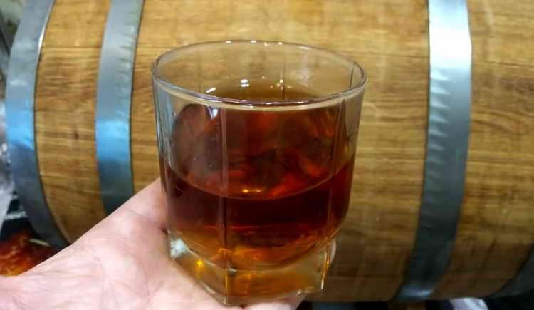 Видео рецепта виски в домашних условиях