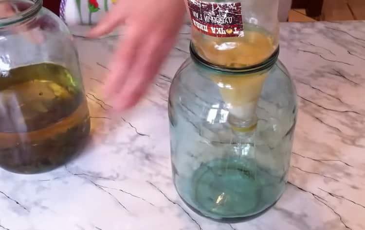 По рецепту для приготовления текилы в домашних условиях. процедите