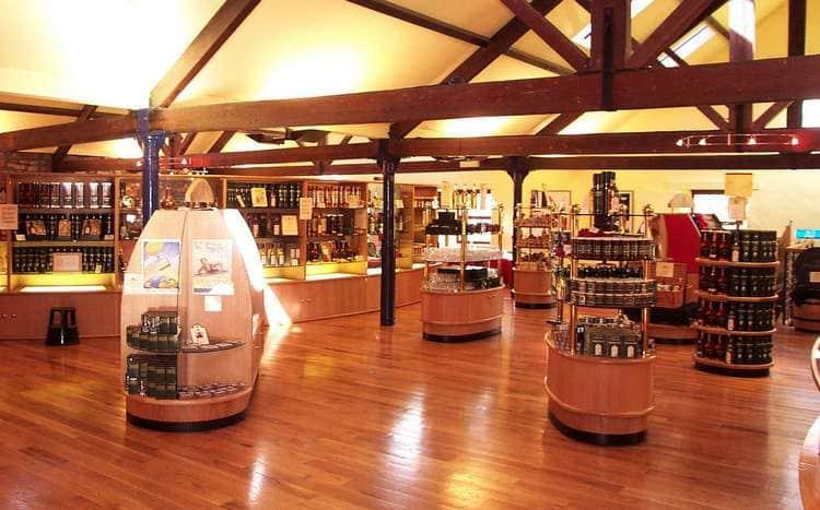 Если хотите попробовать виски Аберфелди, лучше покупать его в специализированном магазине.