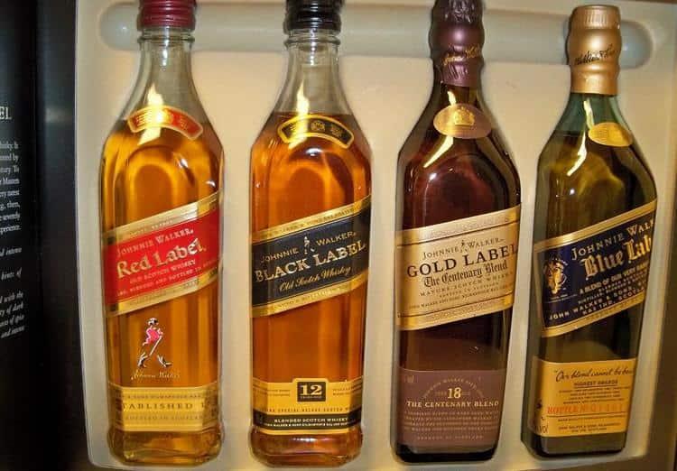 Важно знать, как отличить оригинальный виски johnnie walker от подделки.