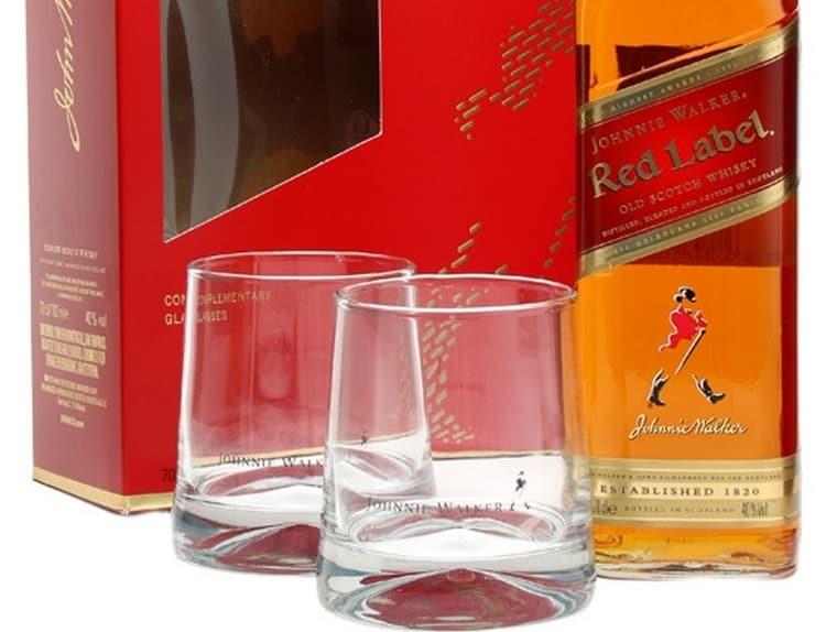 Пить шотландский виски Джонни Уокер лучше всего из бокалов с тонкими стенками и толстым дном.