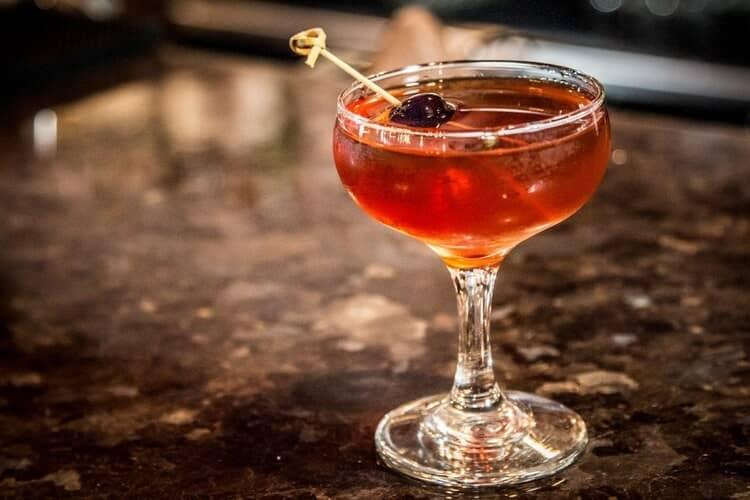 На основе Mad Fox виски часто делают различные коктейли.