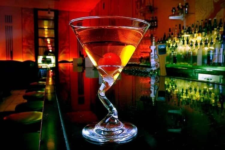 На основе этого виски делают также коктейли.