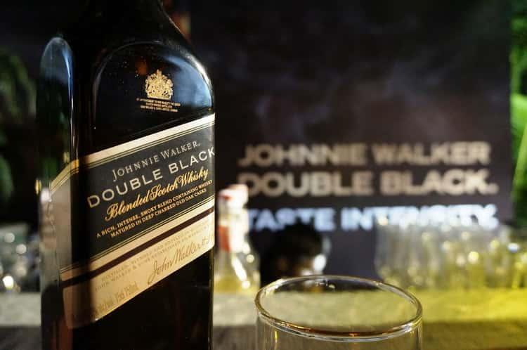 С чем подают виски johnnie walker double black