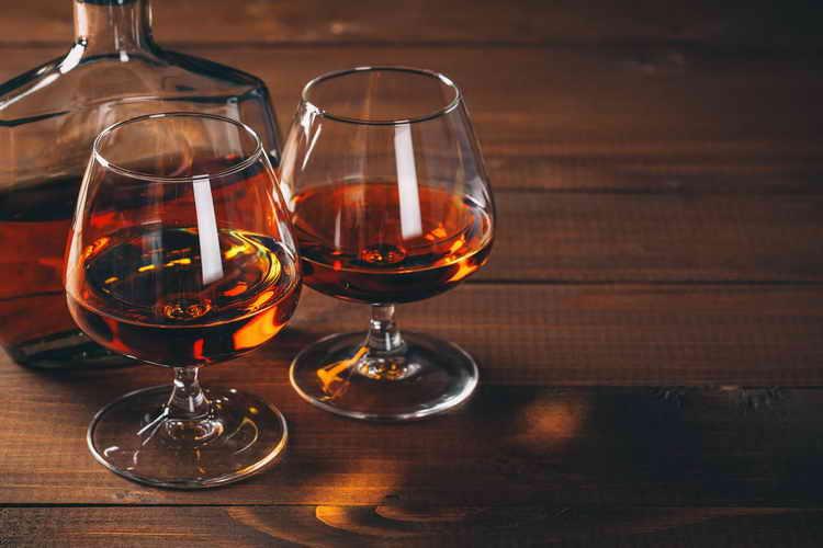 Как правильно подавать и пить азербайджанский коньяк
