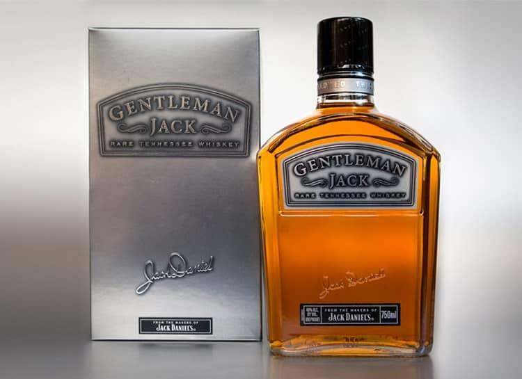 Среди всех видов Джек Дэниэлс особое место занимает Gentleman Jack.