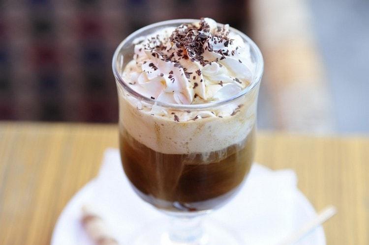 Конечно же, ореховый вкус в сочетании с кофе это просто классика жанра.