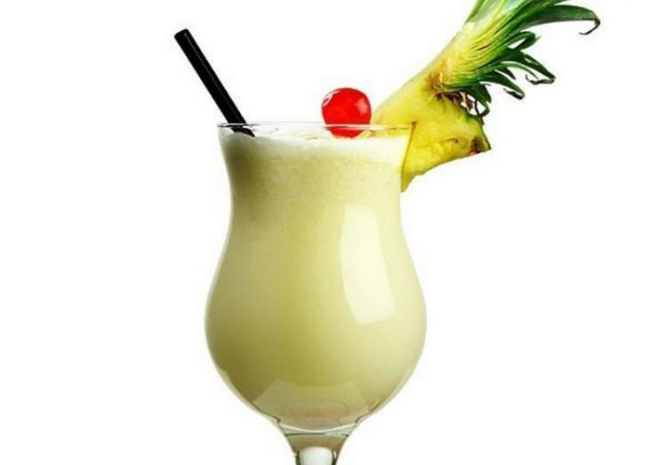Если любите тропические фрукты, вам придется по вкусу такой рецепт коктейля.