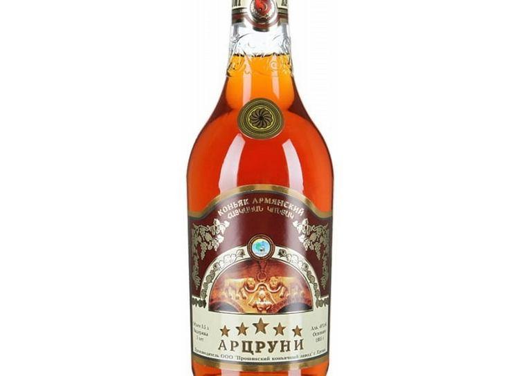 Самым дорогим напитком от производителя является коньяк Арцруни 8 лет выдержки.