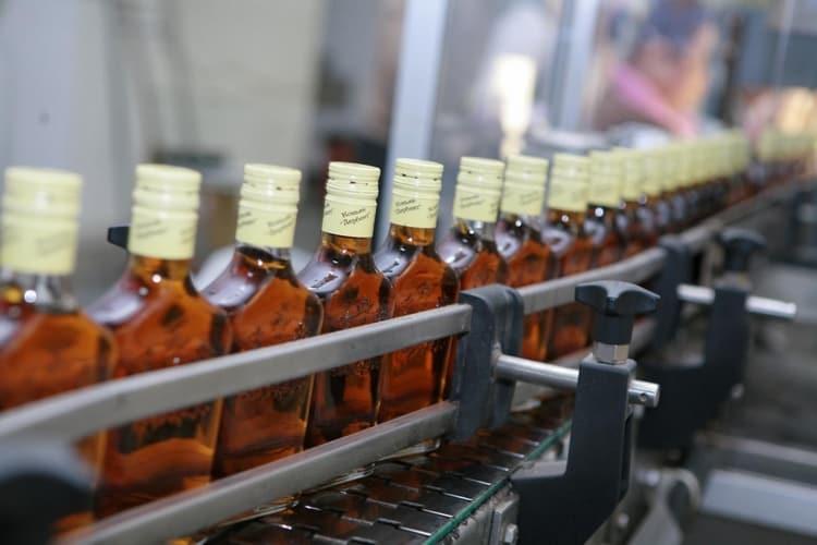 Дагестанский коньяк от Дербентского ВКЗ это целая линейка отменных напитков.