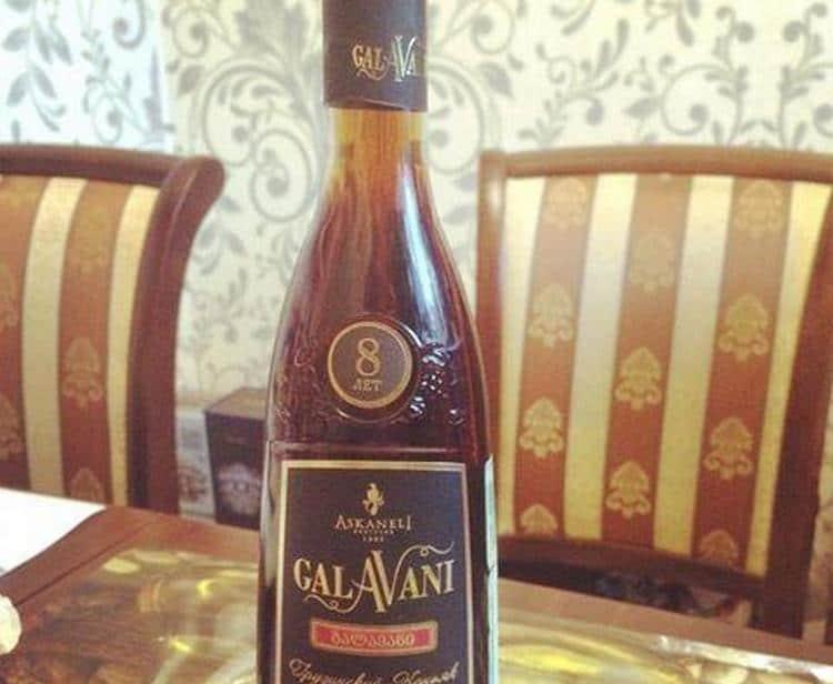 Грузинский коньяк Галавани 8 лет выдержки это самый крепкий напиток из всей линейки.