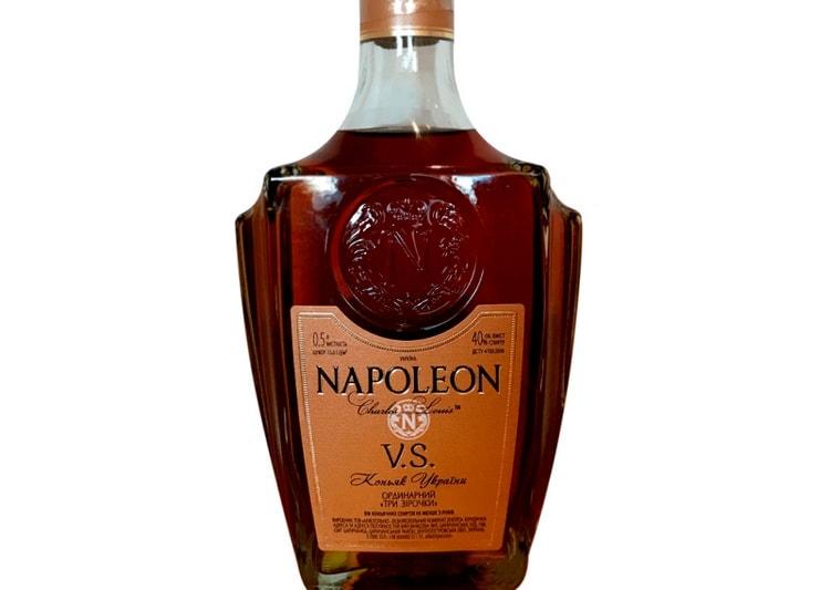 Коньяки Наполеон обычно выпускаются лимитированными сериями.