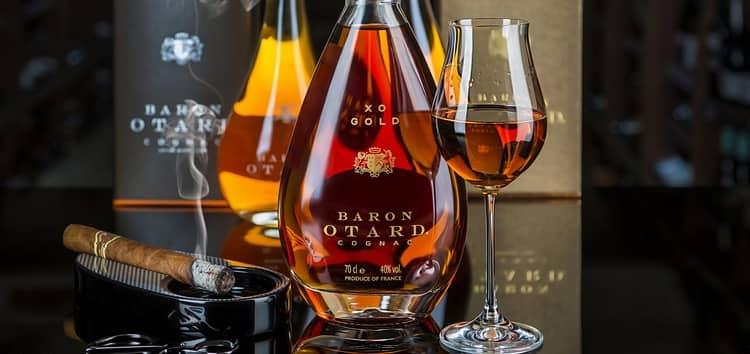 Коньяк Отард это действительно элитный алкогольный напиток, который станет отменным подарком для настоящего ценителя.