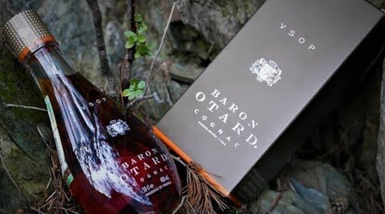 cognac baron otard vsop отличается насыщенным медовым цветом.