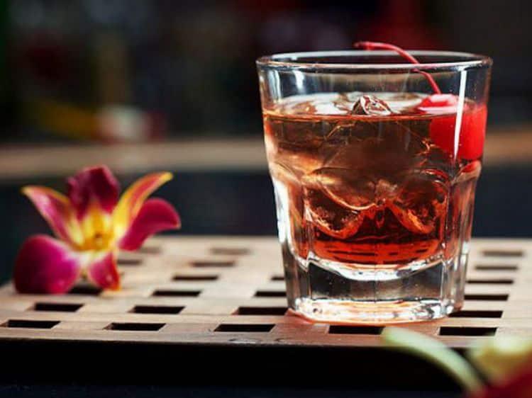 Этот напиток прекрасно подходит для приготовления коктейлей.