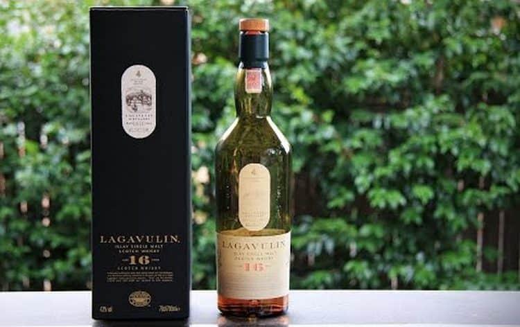 Виски Лавагулин 16 лет выдержки нередко подделывают, поэтому важно знать, как отличить оригинал от фальсификата.