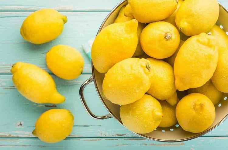 В любом рецепте лимончелло важнейшую роль играет качество лимона.