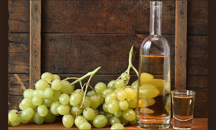 Как делается чача из винограда в домашних условиях