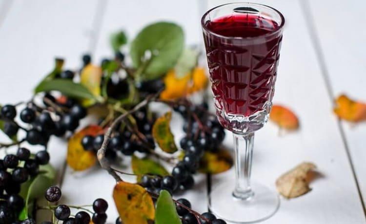 как сделать ликер из ягод черной рябины в домашних условиях
