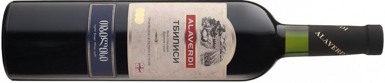Многим нравится вкус вина Тбилиси из линейки Алаверди.