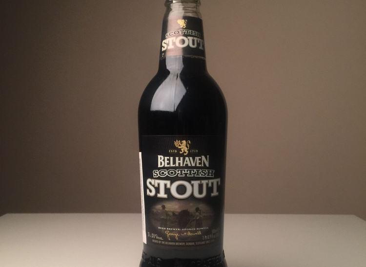 при покупке пива Белхавен Стаут Скоттиш обращайте внимание на этикетки на бутылке: их обязательно должно быть две.