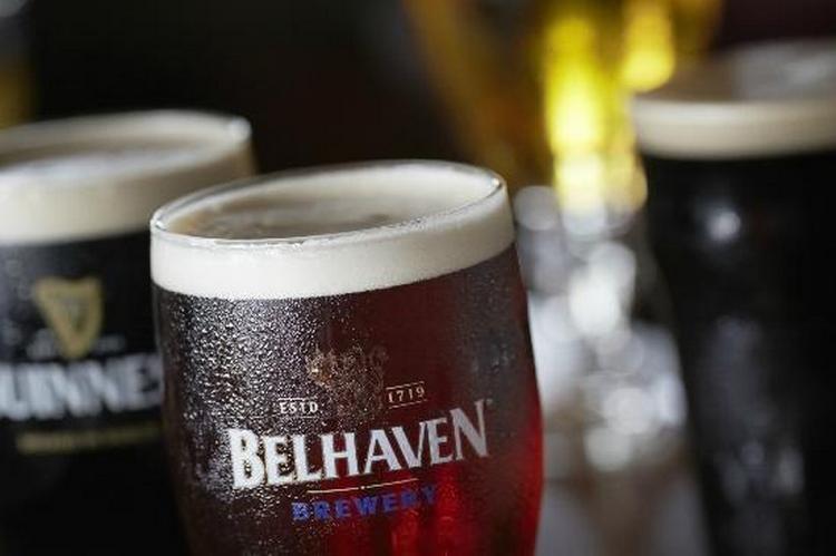 belhaven scottish stout это уникальное черное нефильтрованное пиво.