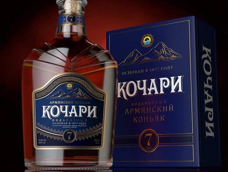 если бутылка уже открыта, в идеале ее нужно хорошо закупорить и хранить при комнатной температуре в оригинальной упаковке.