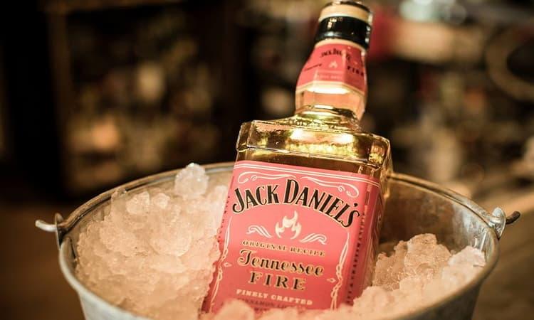 как пить оригинальный jack daniels