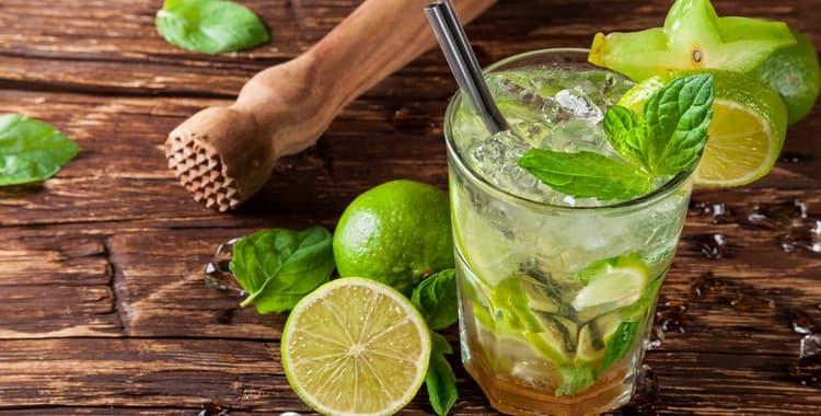 Как правильно пить мохито