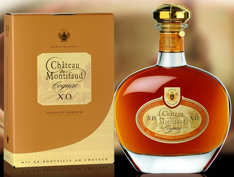 В состав коньяка XO входят спирты 30-летней выдержки.