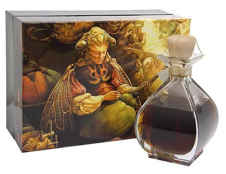 такой изысканный напиток станет прекрасным подарком для делового мужчины.