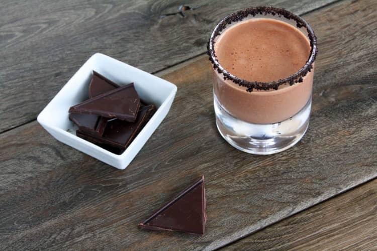 Как пить шоколадную текилу olmeca
