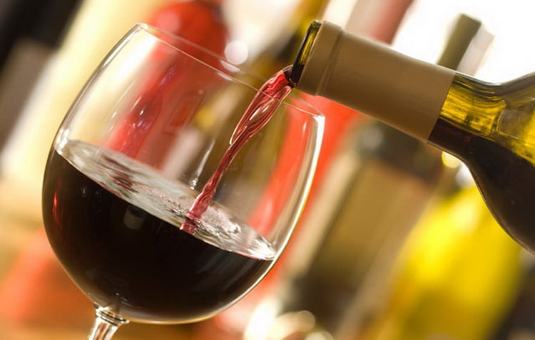 Как подавать сухое абхазское вино