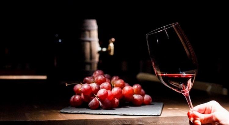 Характеристики красного вина апсны