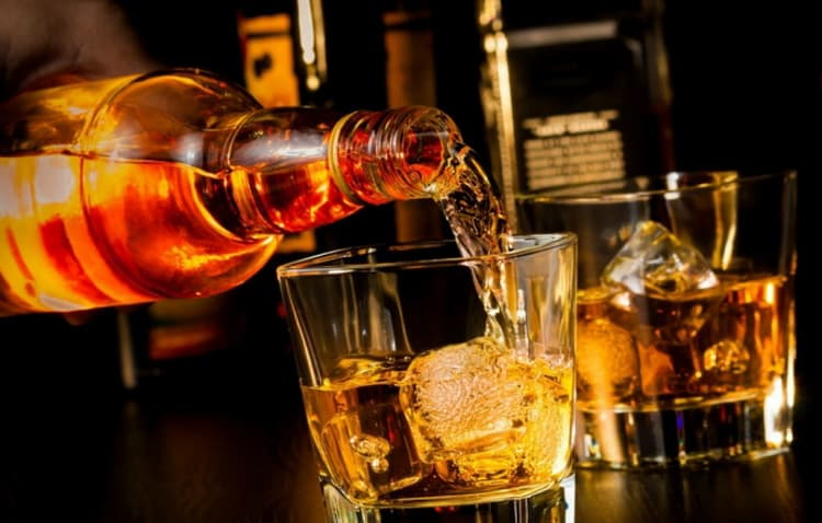 как подавать виски с корицей и медом тринити