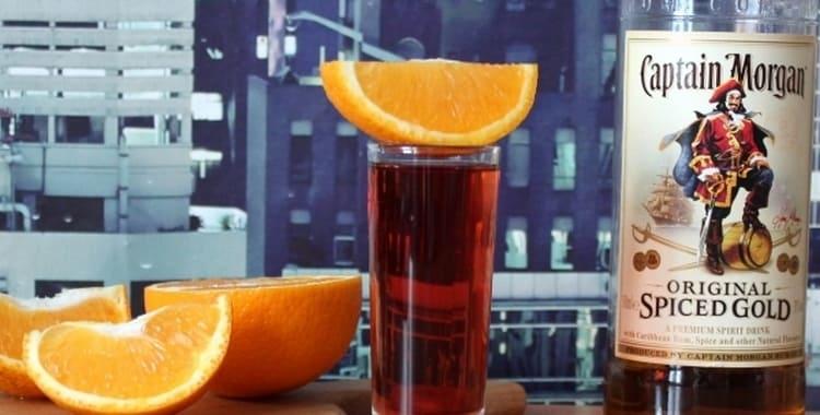 Коктейль Rum With Cherry Juice Ром с вишневым соком