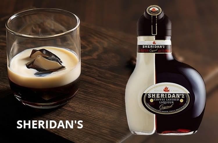 Есть два способа, как пить двухслойный кофейный ликер Шериданс.