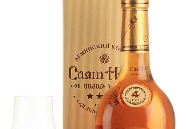 Карамельно-сливочные тона можно уловить в аромате 4-летнего напитка.