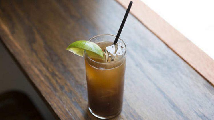 Хотя между текилой голд и сильвер есть отличие, оба напитка используются для коктейлей.