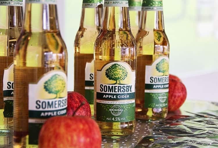 Яблочный напиток это классика, он самым первым появился в линейке.